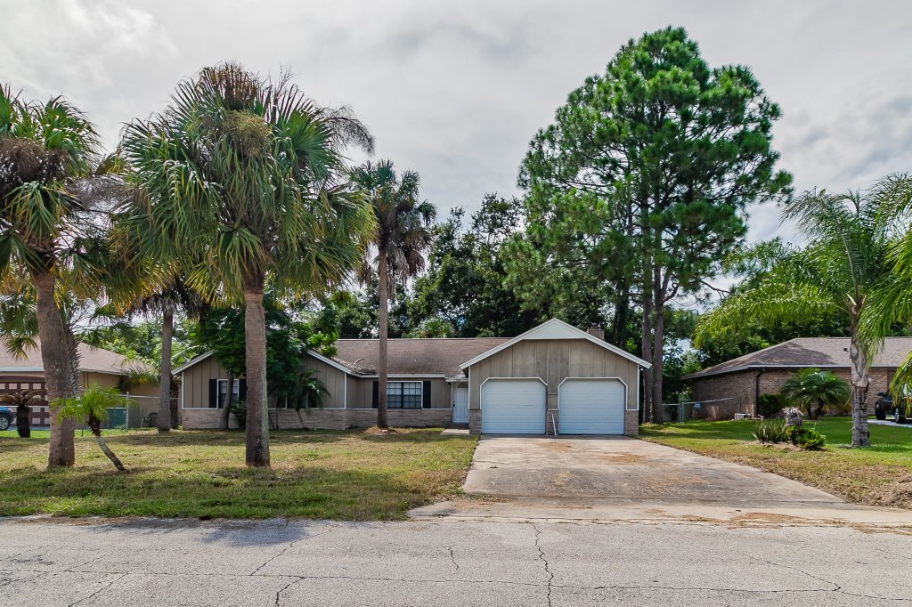 property_image - House for rent in Deltona, FL